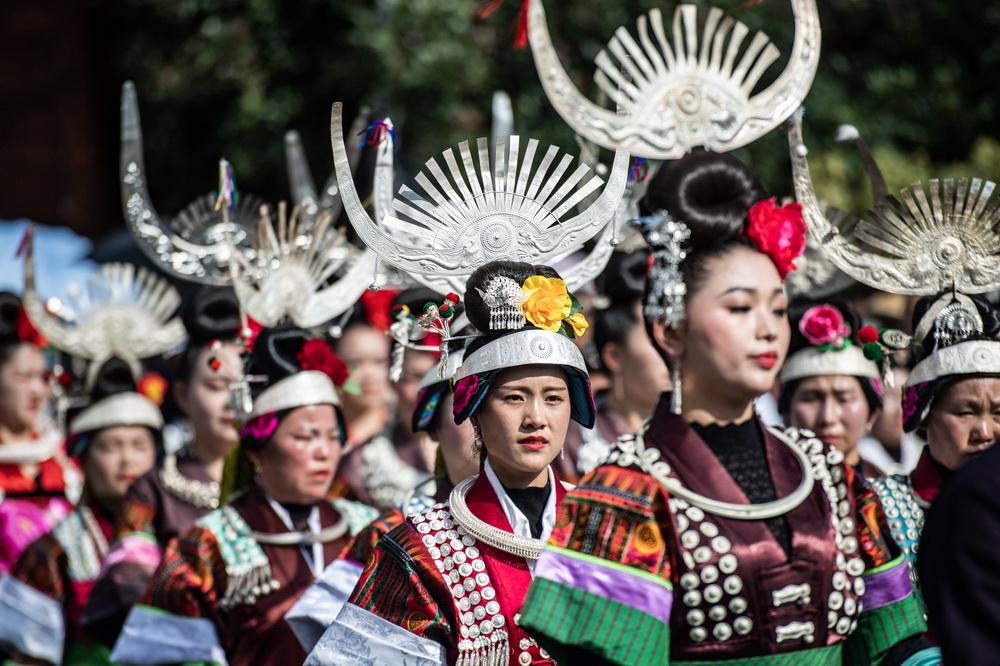 贵州雷山:载歌载舞庆苗年