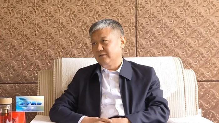 杨建军与山西宏源集团董事长马长江举行工作会谈